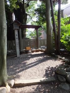 山之神社(栄通神社)