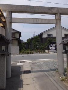 二見神社(姫宮稲荷神社)から御塩道へ