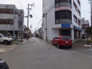 御塩道(吹上交差点の先の分岐を左へ)