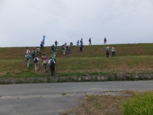 山田奉行所記念館から宮川右岸 堤防道路へ