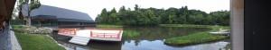 休憩舎から望む式年遷宮記念 せんぐう館、勾玉池