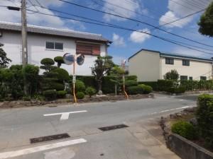 県道37号 湯田3交差点から美和ロック方向へ、最初のT字路