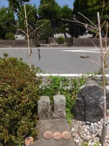 美和ロック株式会社 伊勢工場付近の山神