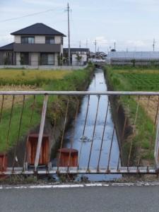 NTT 伊勢小俣RT-BOX付近から五十鈴橋(外城田川)への途中