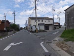 NTT 伊勢小俣RT-BOX付近から五十鈴橋(外城田川)への途中、右へ