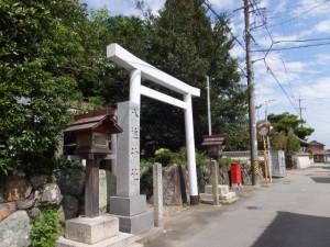 小俣神社に隣接する八柱神社(小俣町元町)
