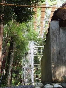 新御敷地にて簀屋根の準備が開始された風宮