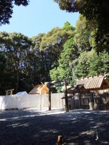 新御敷地にて御造営が進められる佐美長神社、現在の佐美長神社