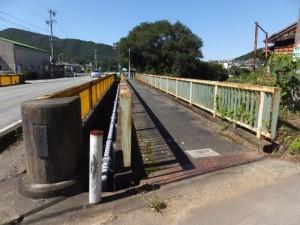 鳥羽河内川に架かる田城橋