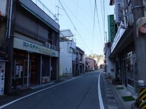 赤崎神社から近鉄 中之郷駅方向へ