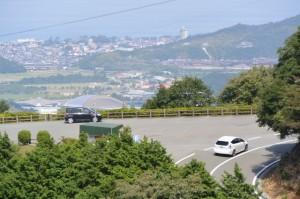 宇治岳道から遠望する伊勢志摩スカイラインの一宇田展望台