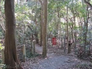 上御井神社の遥拝場所(2010年03月)