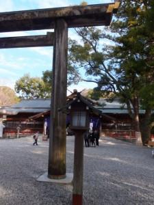 猿田彦神社の鳥居(2013年01月03日時点)