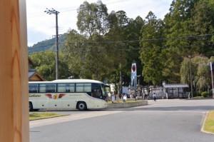 世界遺産熊野本宮館駐車場と熊野本宮大社