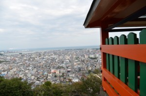 神倉神社の拝殿前からの眺望