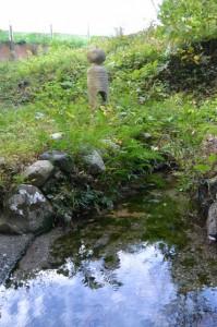 滝原大橋(大内山川)西詰、小祠付近