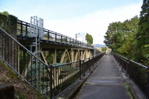 国道42号「浜松まで158km」ボスト付近(大紀町滝原)