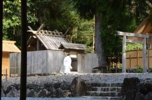 これから遷宮諸祭儀が斎行される若宮神社の現社