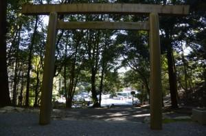 饗土橋姫神社から望む宇治橋方向