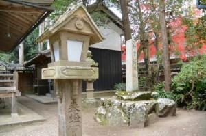 積田神社の宝物殿、神宮遙拝所(名張市夏見)