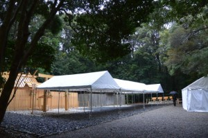 昨日に遷御を終えた佐美長神社