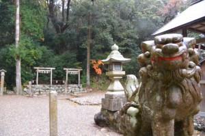 磯部神社(磯部町恵利原)