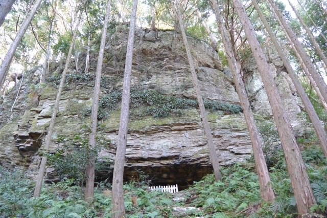 下久具の大岩