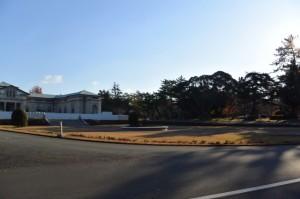 耐震工事中の神宮徴古館付近