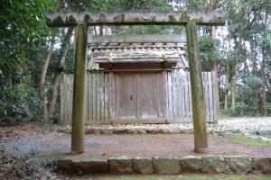 蚊野神社(皇大神宮摂社)、蚊野御前神社(皇大神宮摂社)を同座