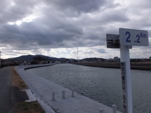 勢田川右岸2.2kmポスト付近から望む上流方向