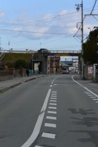 伊勢-4(13239)付近から望む松ヶ崎駅方向