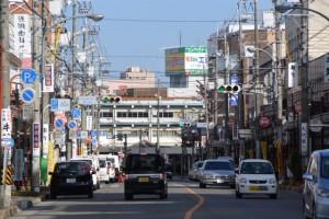 伊勢-5(3099)から望む松阪駅方向