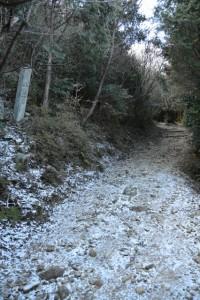 朝熊岳道 十三町町石付近
