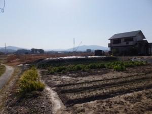 勢田川左岸から望む水管橋工事現場