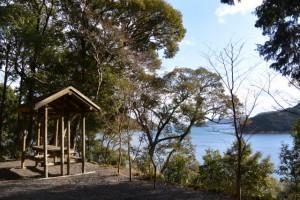 金網山西方寺(奈津観音)裏山の散策路に配置された西国三十三番札所