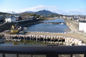 五十鈴橋から望む五十鈴川の上流側