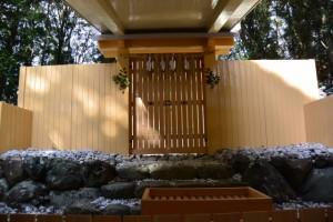 御遷座を終えた上田神社(伊勢市中村町)