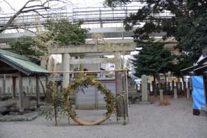 今社に設置された茅の輪(伊勢市宮町)