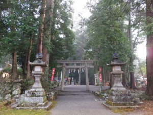 丹生大師 神宮寺から丹生神社への参道(多気町丹生)