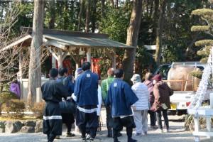 官舎神社の御神宝神事(お頭神事)、巡幸へ