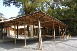 遷御の儀に向けて設営された雨儀廊(月夜見宮)