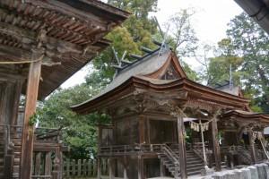 八幡社・須賀社、祖霊社(白山比咩神社、津市白山町南出)