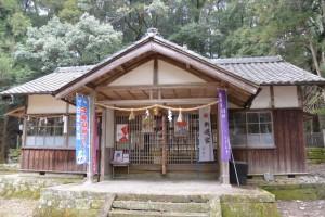 八ツ山神社(津市白山町八対野)