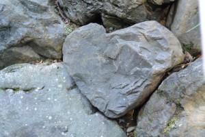 風宮の石垣にあったハート型の石