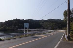 五知道(磯部岳道)を三十四丁地蔵町石からミスコースして到着した神路湖付近
