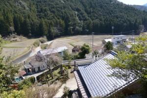 霊符山大陽寺、奥の院への参道からの眺望(大台町栗谷)