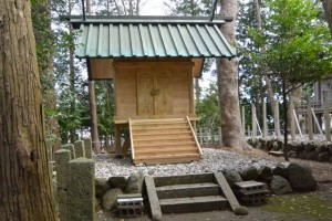 仮遷座中の有田神社(伊勢市小俣町湯田)