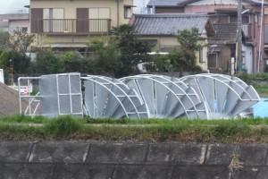 まだ取り付け前の左岸橋台用の螺旋階段(浜郷線勢田川水管橋製作架設工事)