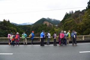 滝見橋からの大内山川の遠望