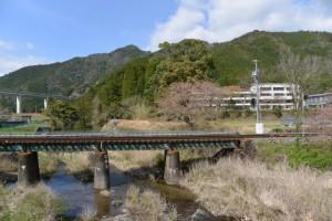 笠木橋から望む笠木川